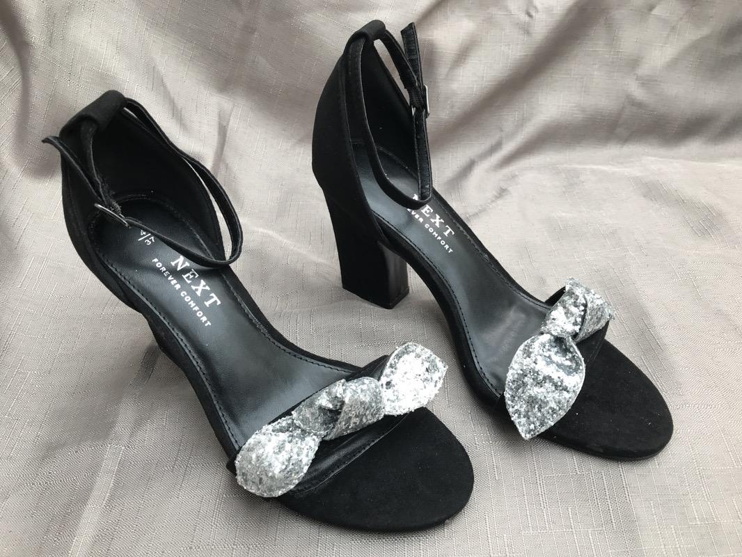 Ladies UK 4 / EU 37 black high heel